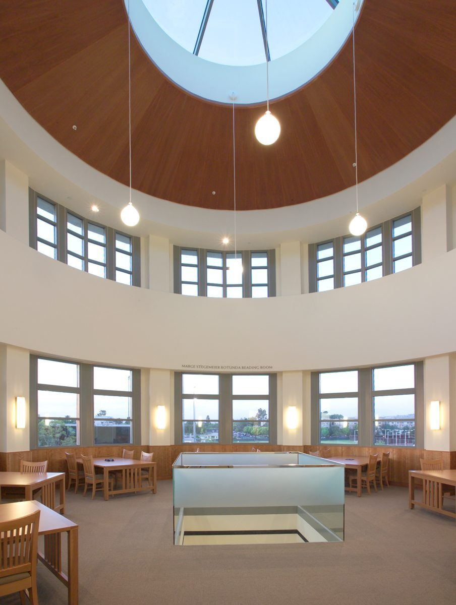 MATT construction Chapman University Leatherby Libraries Interior Rotunda skylight