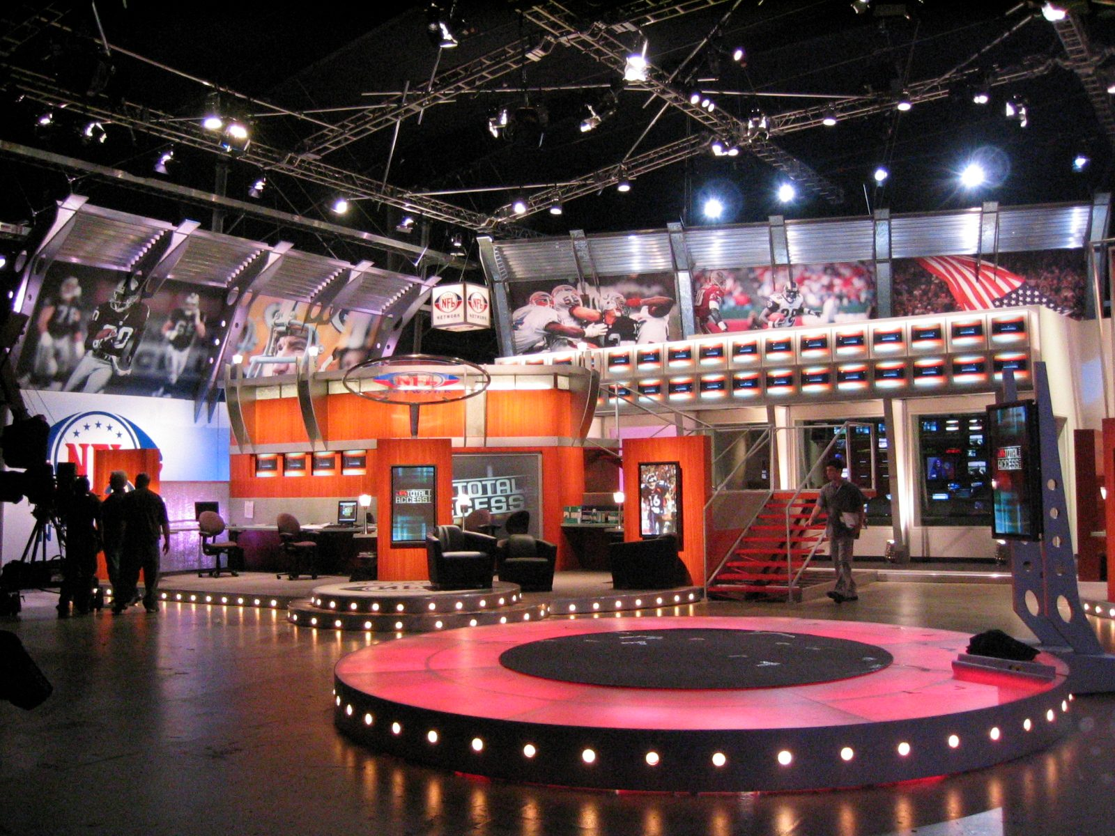 MATT construction NFL Studio Network Interior Set