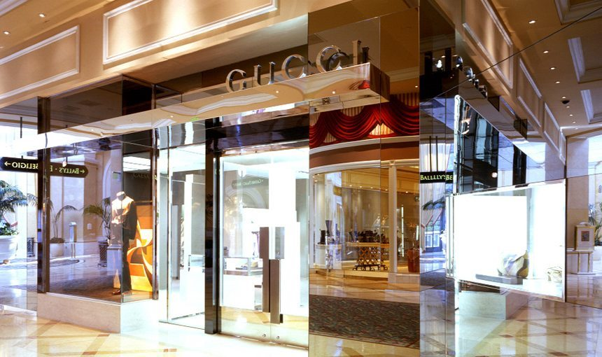 MATT construction Gucci Bellagio Exterior Storefront