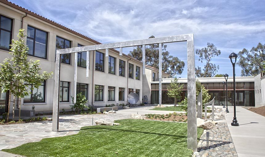 MATT construction Pomona College Millikan Laboratory Andrew Science Hall exterior courtyard steel frame landscaping