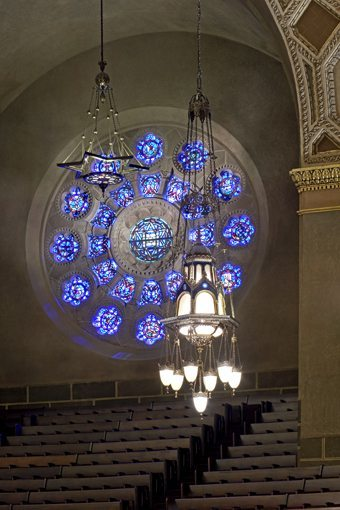 MATT construction Wilshire Boulevard Temple Interior Stained Glass Window